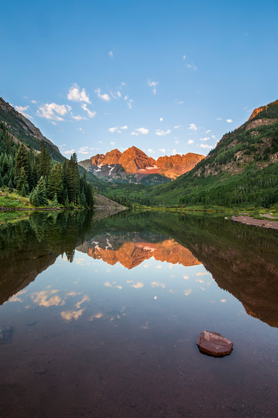 First Light at Maroon Bells