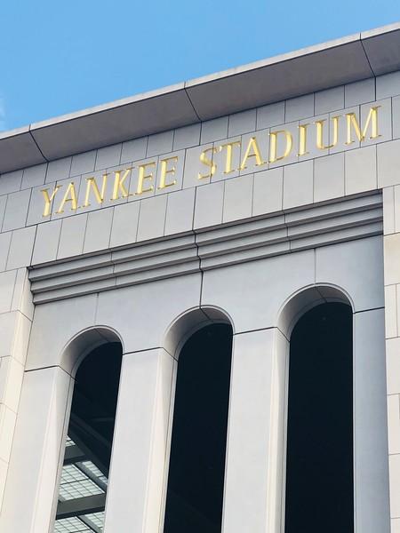 Exterior Yankee Stadium.jpg
