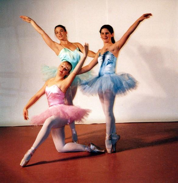 Dance_1113_a.jpg