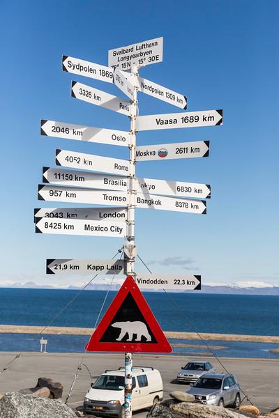 Inspirato-Arctic_Expedition18-02-Longyearbyen-1180.jpg