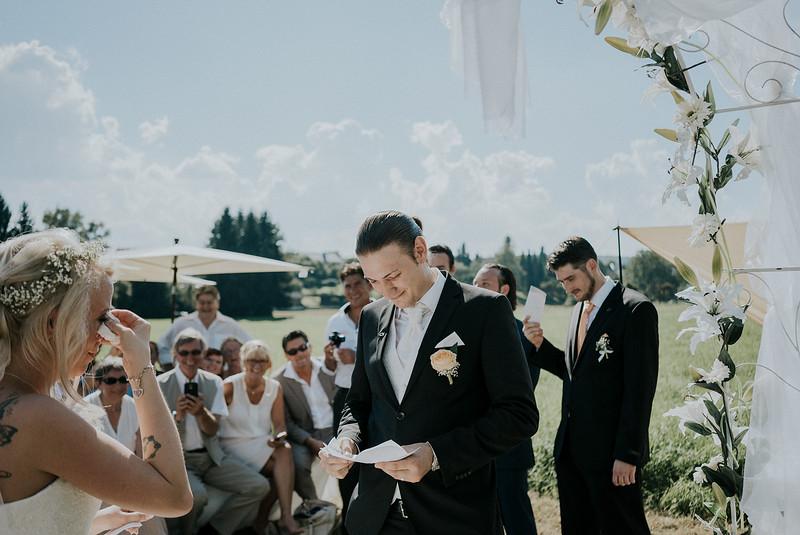 Tu-Nguyen-Wedding-Hochzeitsfotograf-Hochzeitsreportage-Neuwied-Bonn-Koblenz-Jan-Jessica-58.jpg