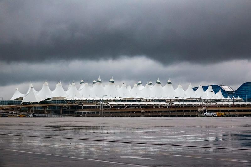 050321_airfield_jeppesen_terminal_tents-058.jpg