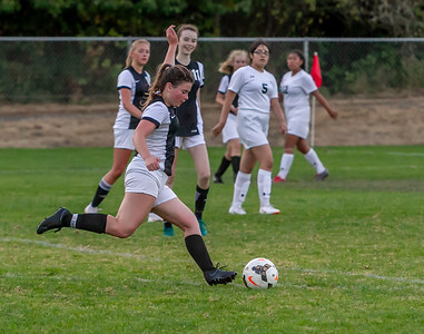 Set seven: Girls Varsity Soccer v Evergreen 09/04/2018
