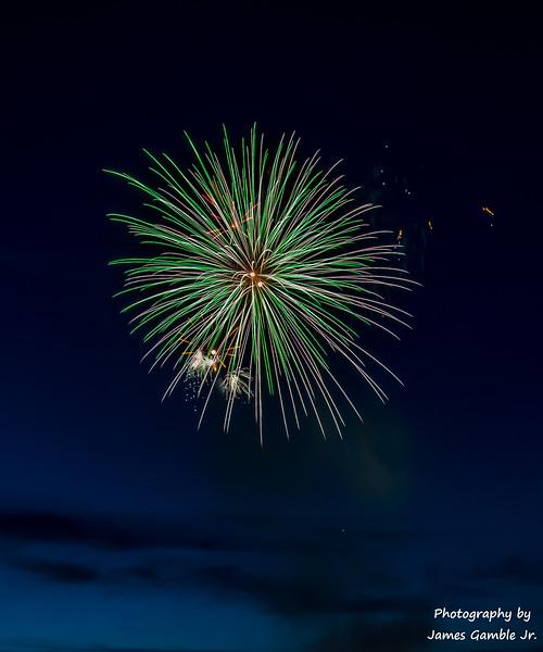 Fourth-of-July-Fireworks-2016-0286.jpg