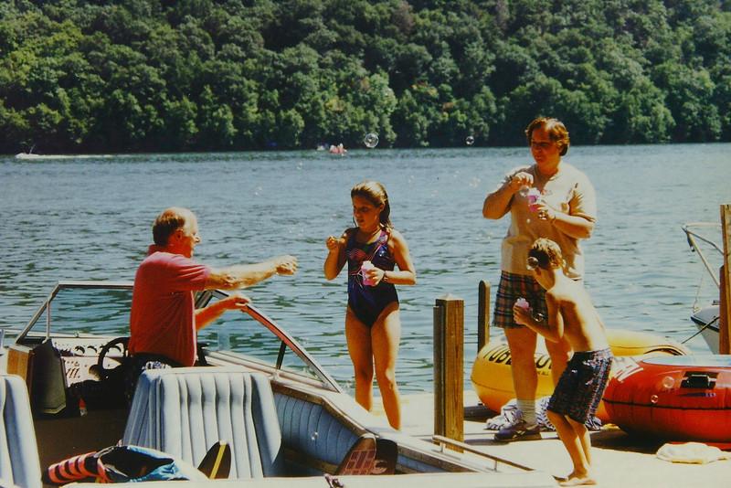 1996 Voor Reunion Sherman CT 020.jpg