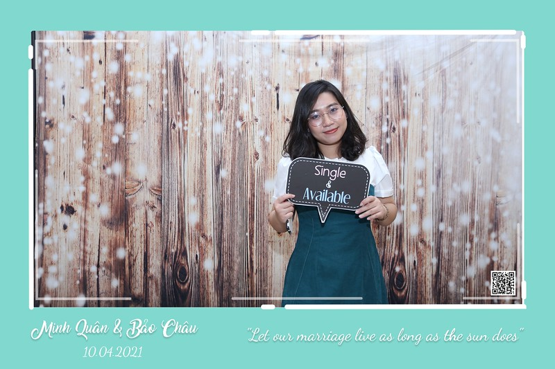 QC-wedding-instant-print-photobooth-Chup-hinh-lay-lien-in-anh-lay-ngay-Tiec-cuoi-WefieBox-Photobooth-Vietnam-cho-thue-photo-booth-119.jpg