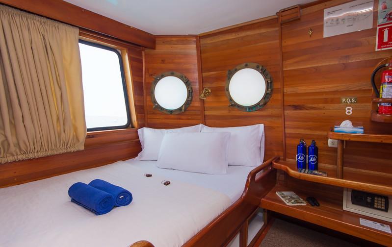 cacholate-i-double-cabin.jpg