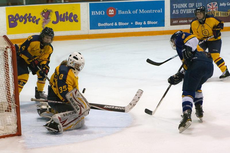 20130310 QWHockeyvsUBC 312.jpg