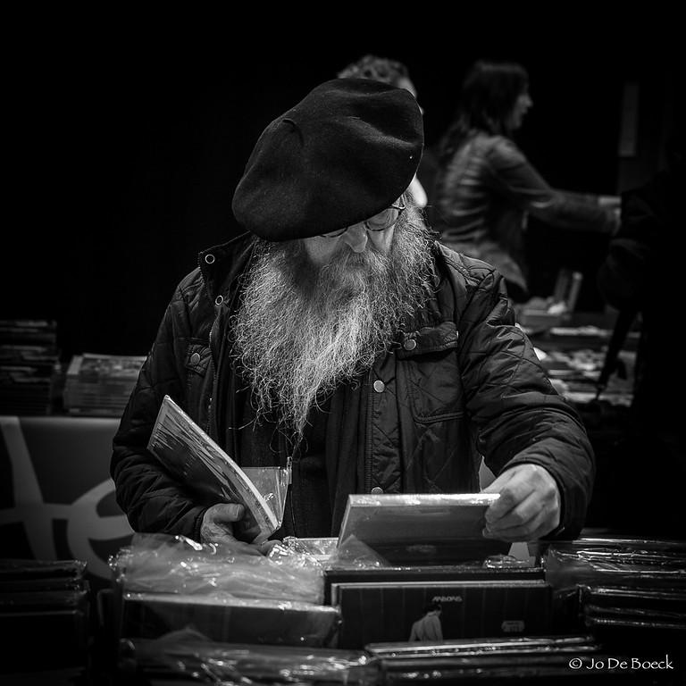 Olav leest boeken