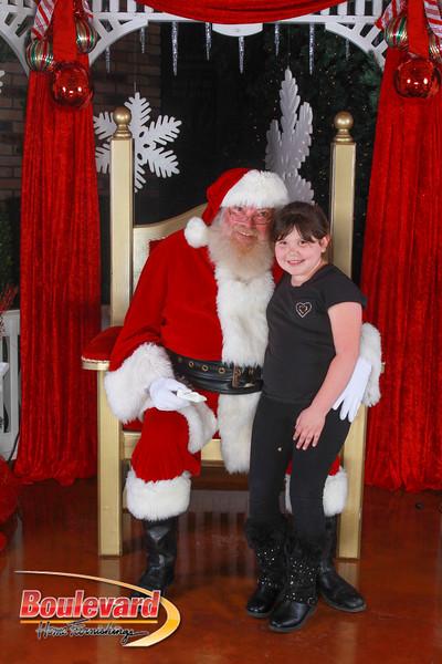 Santa 12-10-16-307.jpg