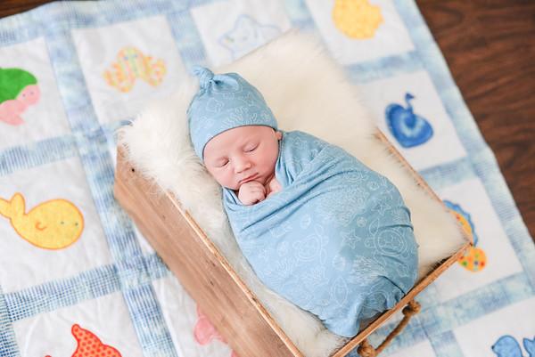 Cruz Newborn