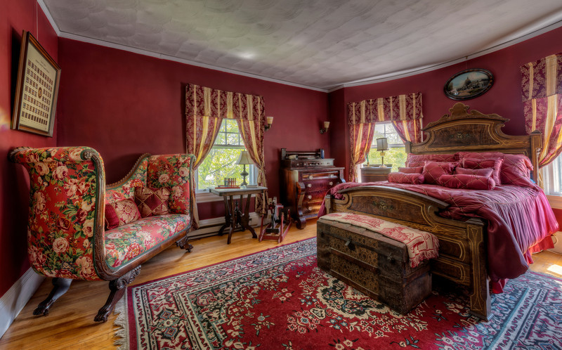 Master Bedroom CROPPED.jpg