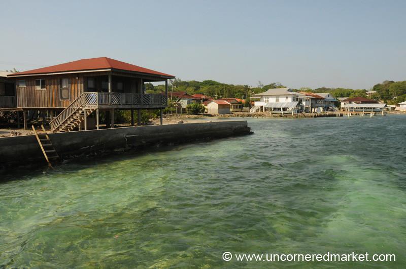 Clear Waters - Utila, Honduras