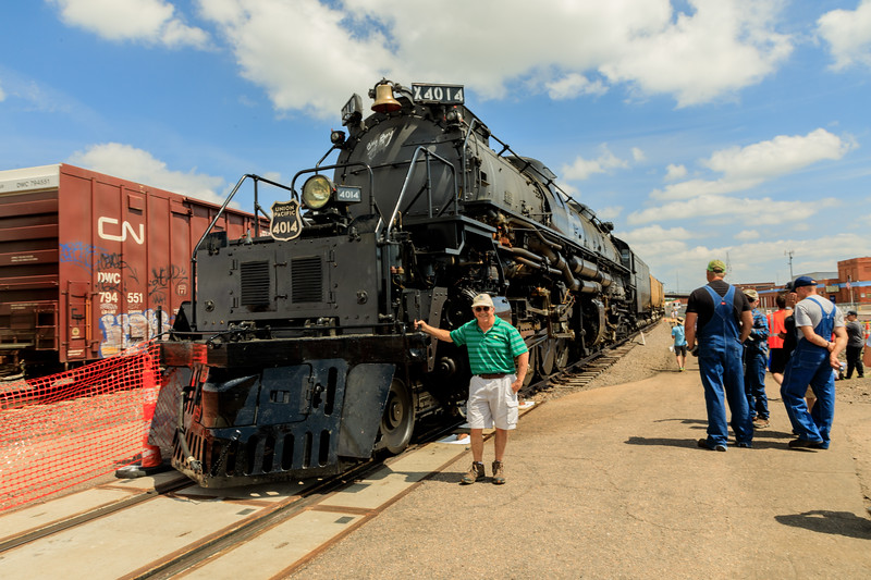 I finally catch Big Boy 4014 on display in North Platte, Nebraska