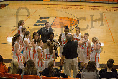 HburgVsHHS_GirlsBB_Action_010914