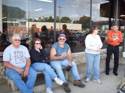Kates chapter ice cream ride 6-22-11