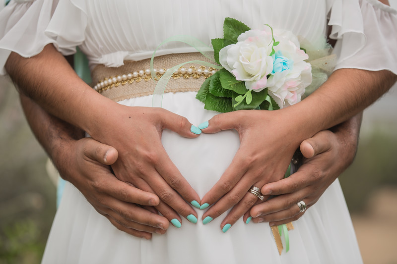 Maternity Shoot-1028.jpg