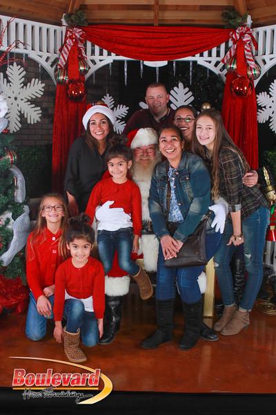 Santa 12-10-16-270.jpg