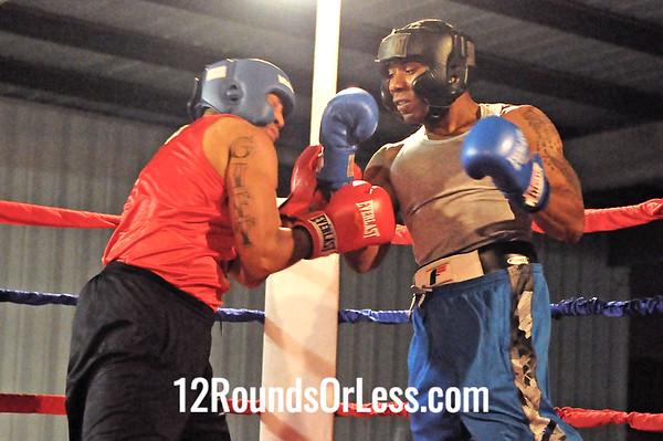 Bout 10 Johnny Pierce, MLK Premier Civic Center -vs- Lewis Thompson, King's Gym 200 lb Sub-novice