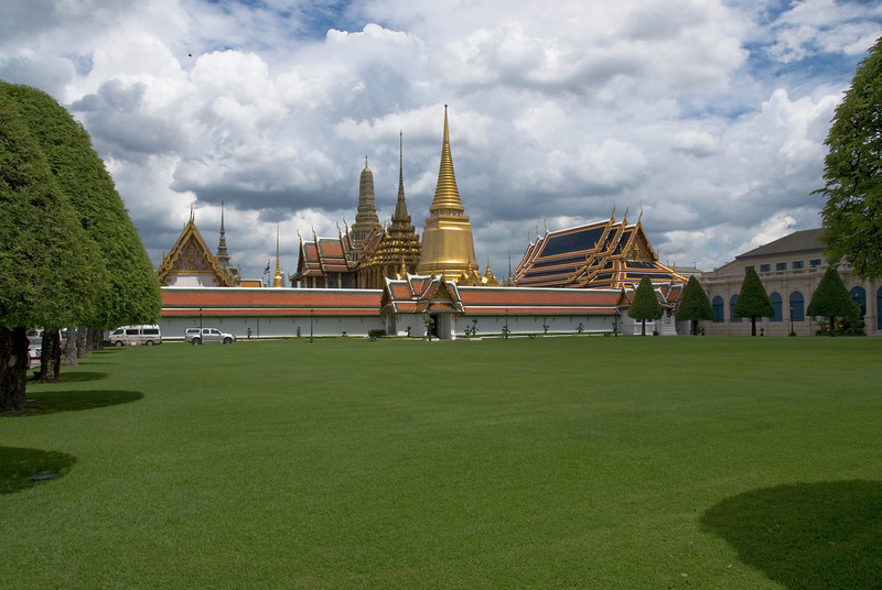 View from outside Wat Phra Kaew - Bangkok, Thailand