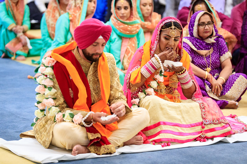 Neelam_and_Matt_Gurdwara_Wedding-1469.jpg
