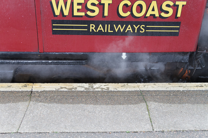 Jacobite Steam Train, Fort William - 02.jpg