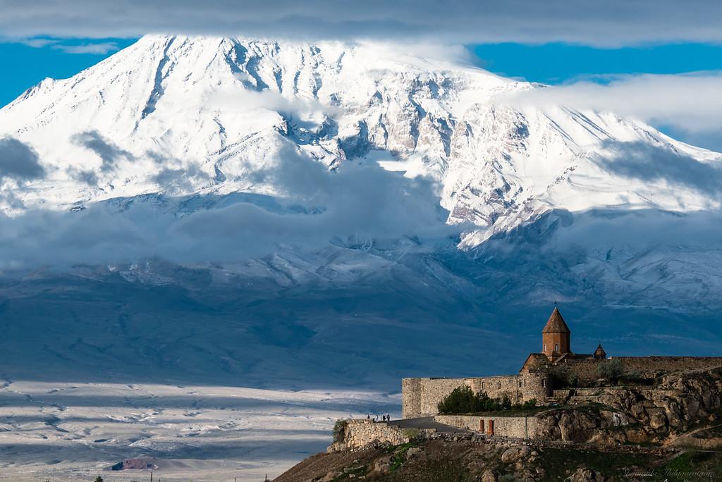 Khor Virap, with Mt Ararat (across the border in Turkey)