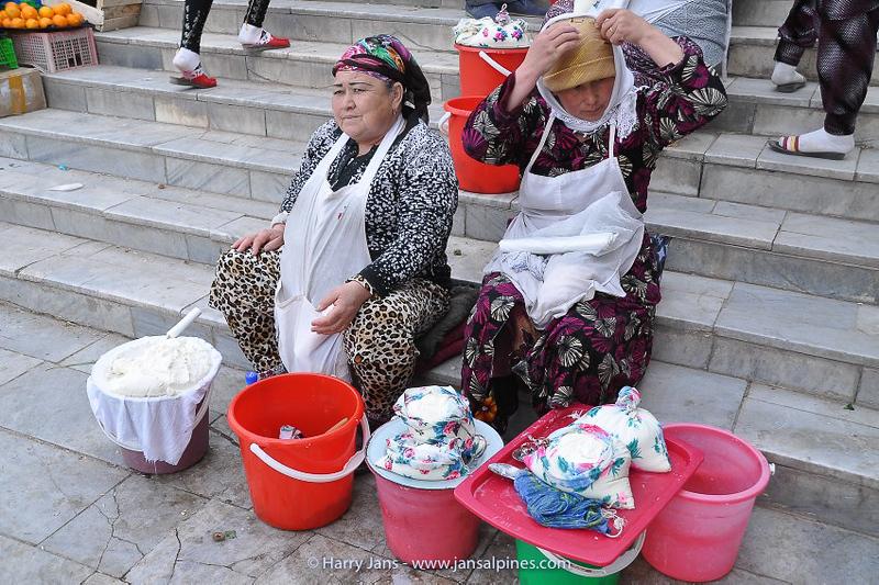 selling yoghurt