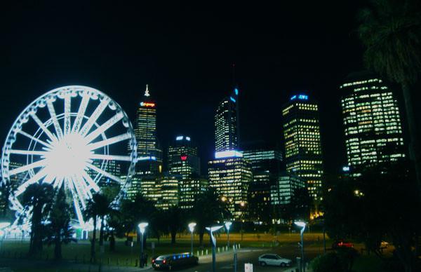 Perth Ferris wheel.jpg