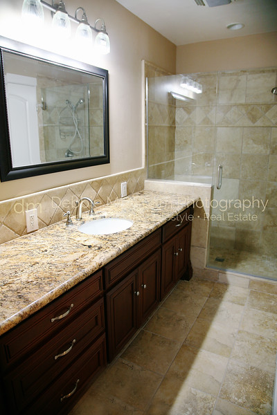 Greystone Manor Guest House Bathroom-Cambria Real Estate Photography.jpg