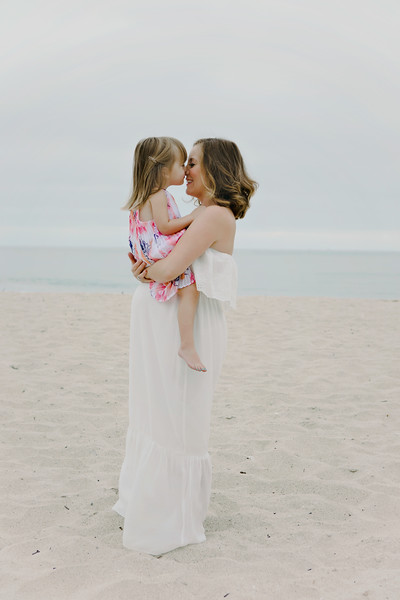 Jessica_Maternity_Family_Photo-6250.JPG