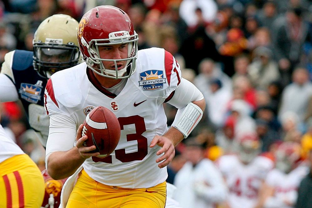 Description of . Southern California quarterback Max Wittek looks to hand off during the Sun Bowl NCAA college football game against Georgia Tech, Monday, Dec. 31, 2012, in El Paso, Texas. (AP Photo/Mark Lambie)