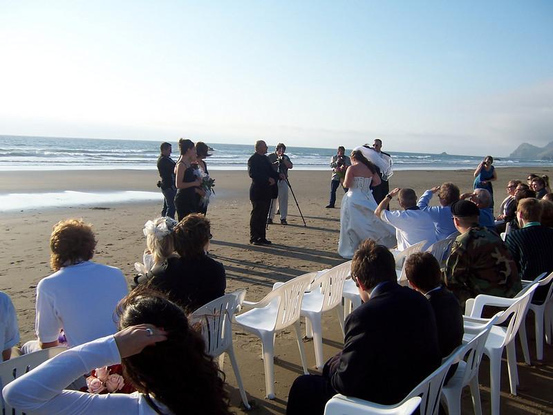 05_05_28mike and jen wedding 015.jpg