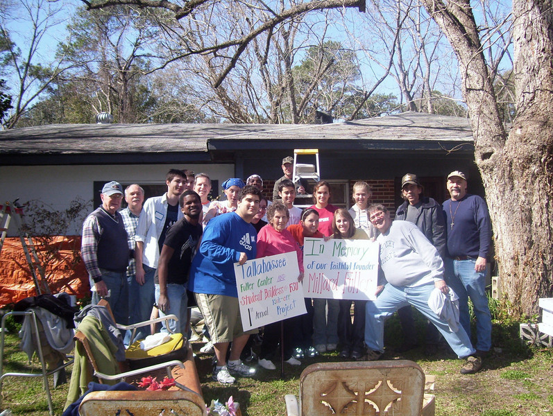 09 02-07 Work day in Tallahassee, FL in honor of Millard. Photo by Brenda Barton