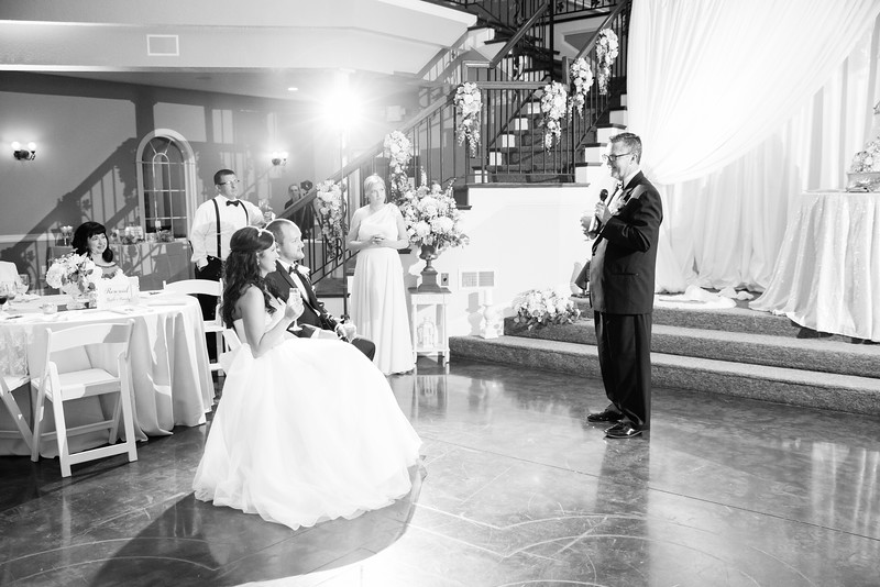 0936_Josh+Lindsey_WeddingBW.jpg