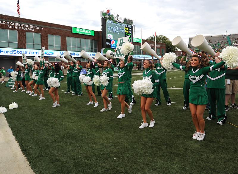 cheerleaders2631.jpg