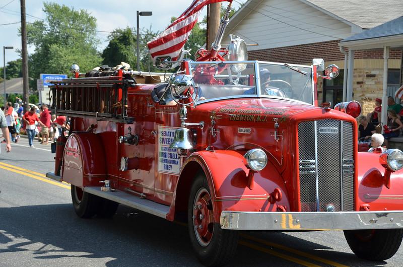2012 Septemberfest Parade211.jpg