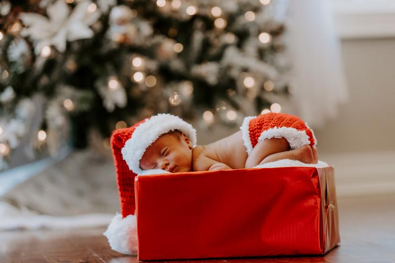 newborn-harrison_112.jpg