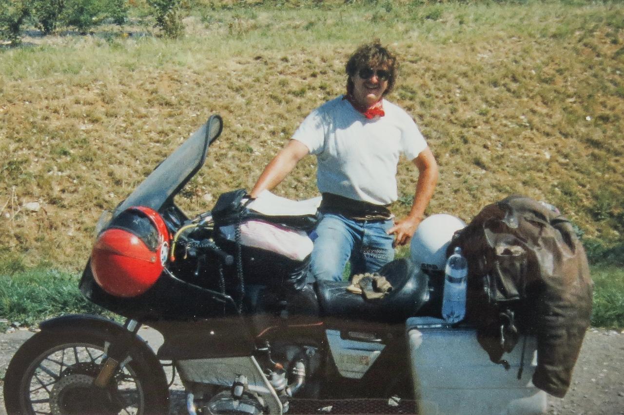 1987 M'n tweede BMW R100RT. Goed voor 3 jaar en 60.000 Km