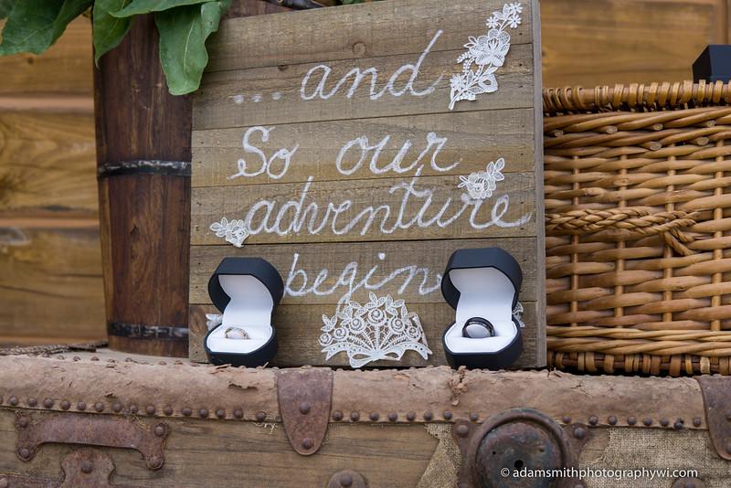 Outdoor_Wedding_Ceremony_Wisconsin-2.JPG