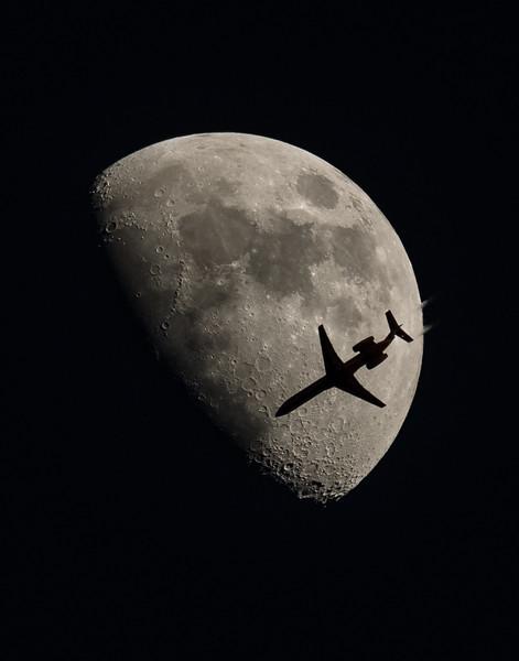 Aircraft/Moon Transits
