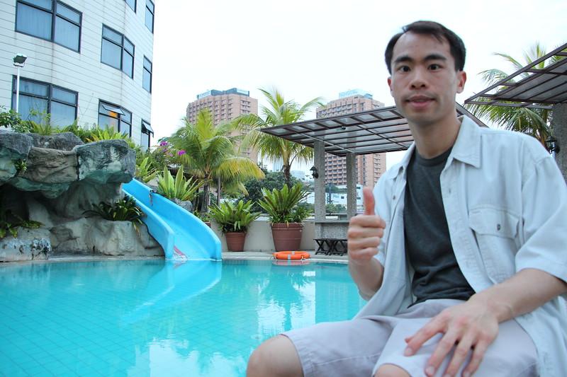 JC_Singapore Hotel Pool