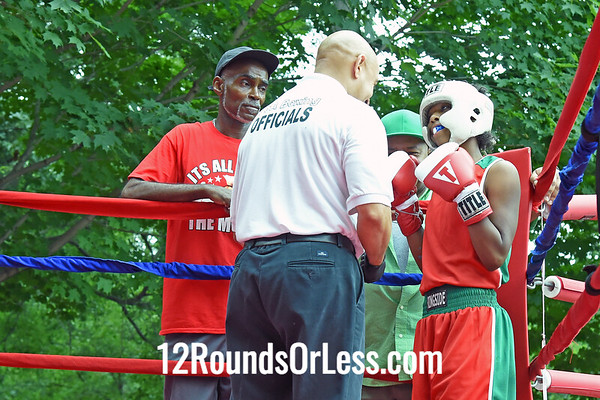 Bout 2:   Kayla Savage, Red Gloves, 112 lbs, Cleveland -vs- Tatayana Felliciano, Blue Gloves, 112 lbs, Erie, PA