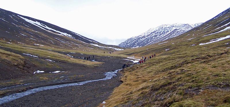 Í átt að Grjóteyrardal