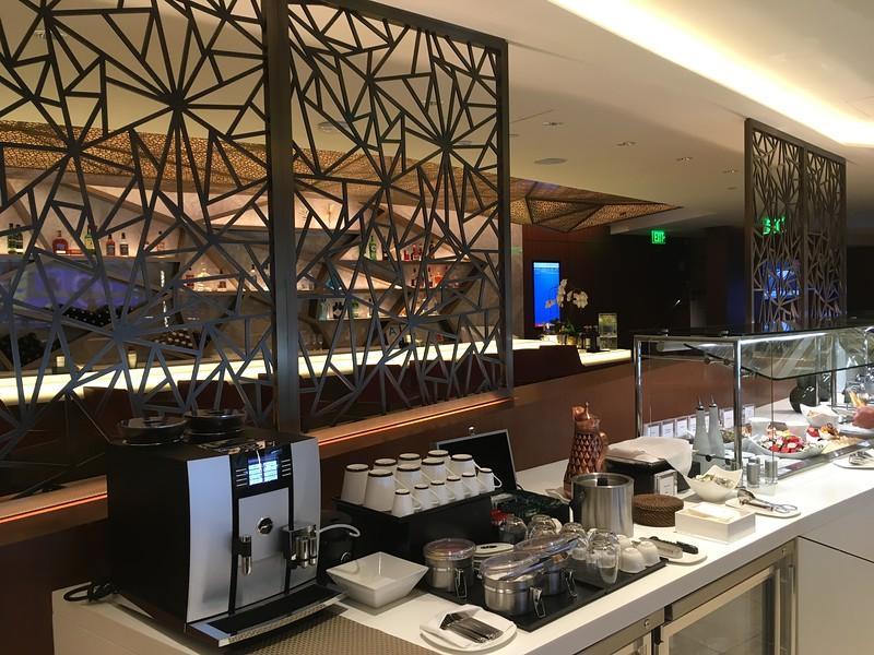 Etihad Lounge (4).JPG