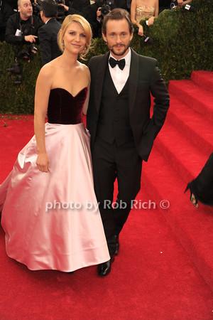 Claire Danes and  Hugh Dancy photo by Rob Rich © 2014 robwayne1@aol.com 516-676-3939
