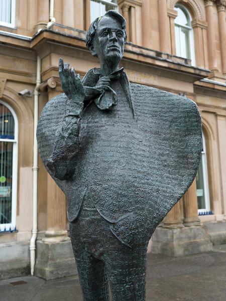 Statue of William Butler Yeats an Irish poet, Stephen Street, Sligo, County Sligo, Republic of Ireland