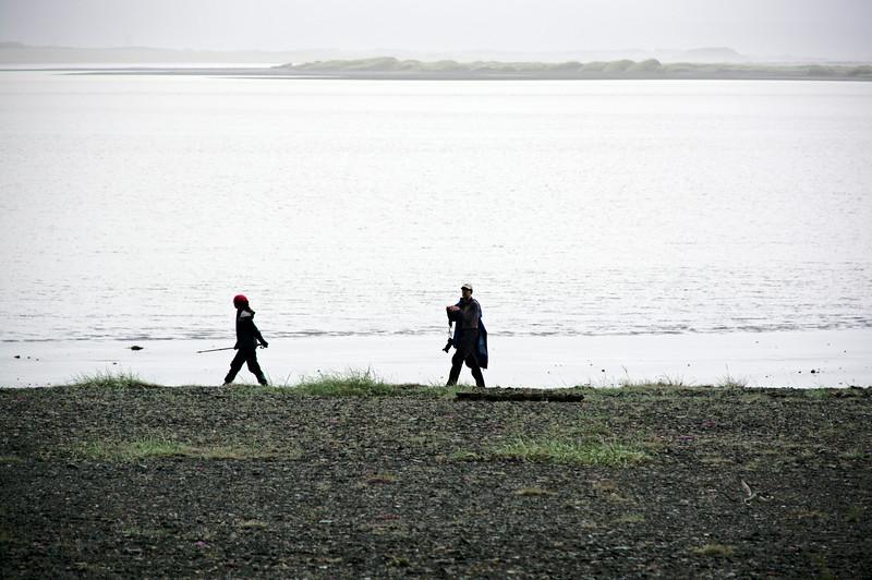 Solveig og Sigurður í fjörunni