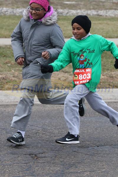 10K Finish -2019 Run Like the Dickens