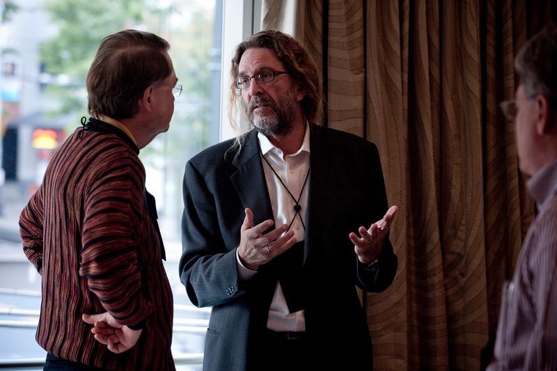 Larry Smarr (L), Director, Calit2 Laboratory, University of California - San Diego and Irvine; and Scott Warner, Owner, Garvey Schubert Barer